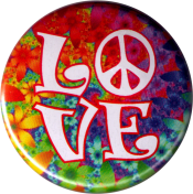 B1221 - LOVE (over a flowery background) - Button