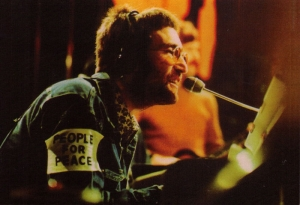 John Lennon - People for Peace - Postcard